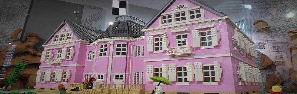 Villa Eugenia LEGO Banner Homepage