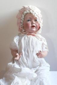 ausgestellte Puppe